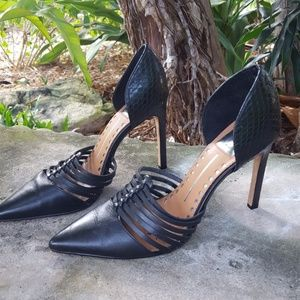 Dolce Vita black leather pumps